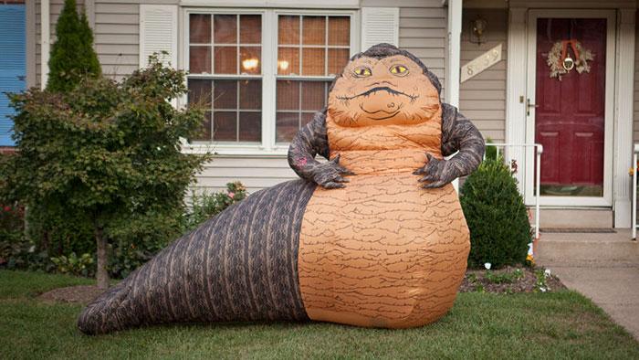 jabba-hutt-lawn-ornament-think-geek