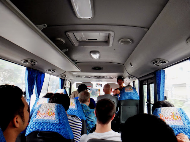 Perjalanan menuju Halong Bay Vietnam