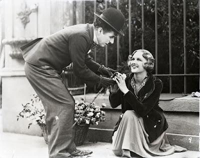 """Чарли Чаплин и Вирджиния Черрилл, """"Огни большого города"""" (1931)"""