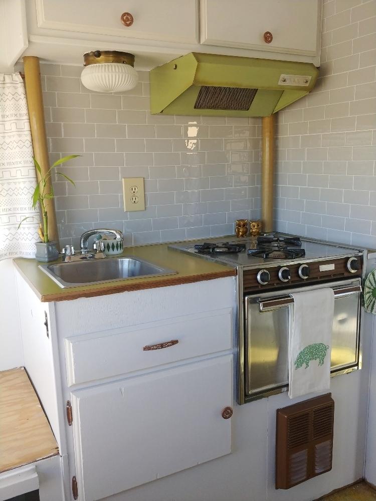 rv kitchen backsplash with smart tiles