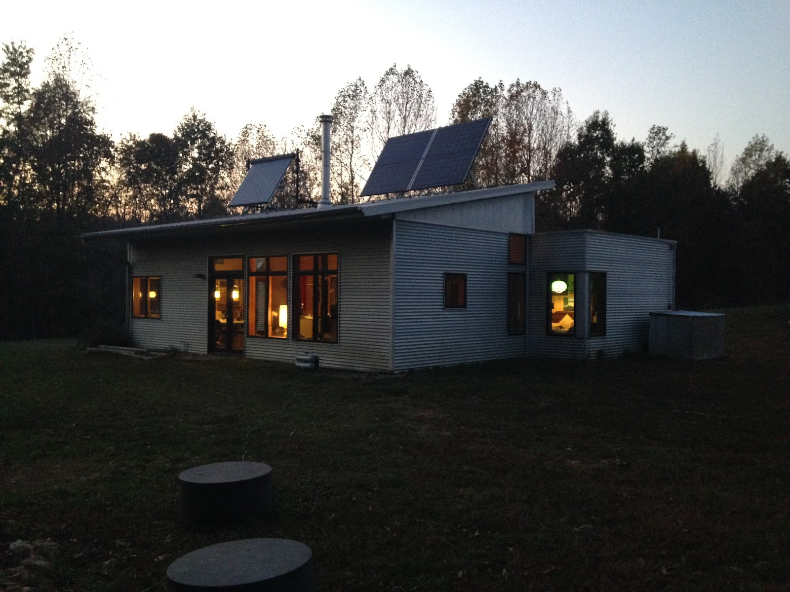 Passive solar prefab thinks on passive house prefab for Passive solar prefab homes