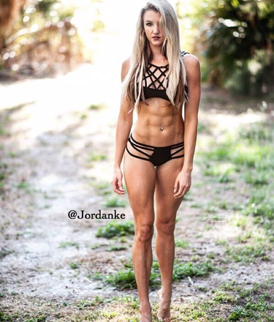 Fitness Model JORDAN EDWARDS 001
