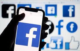 How do I Make Something Show Up as a Hyperlink on Facebook