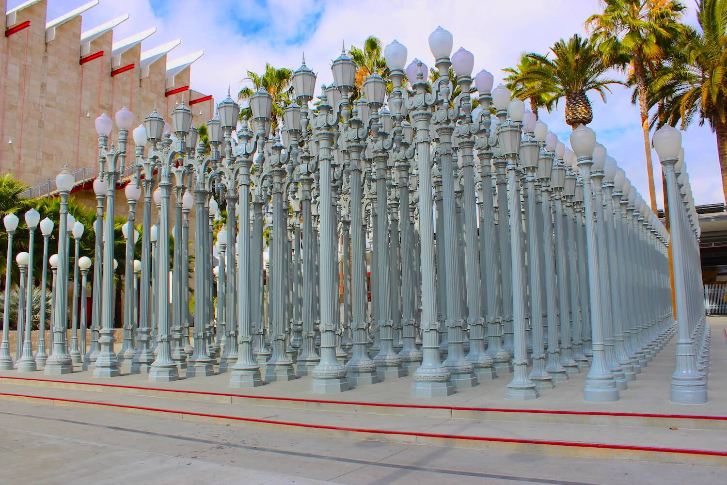 lacma urban light sculpture