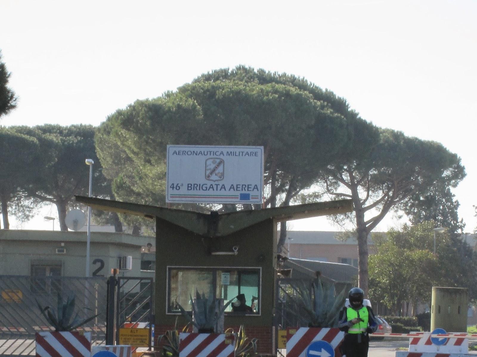Aeroporto Pisa : Decollo dall aeroporto di pisa youtube