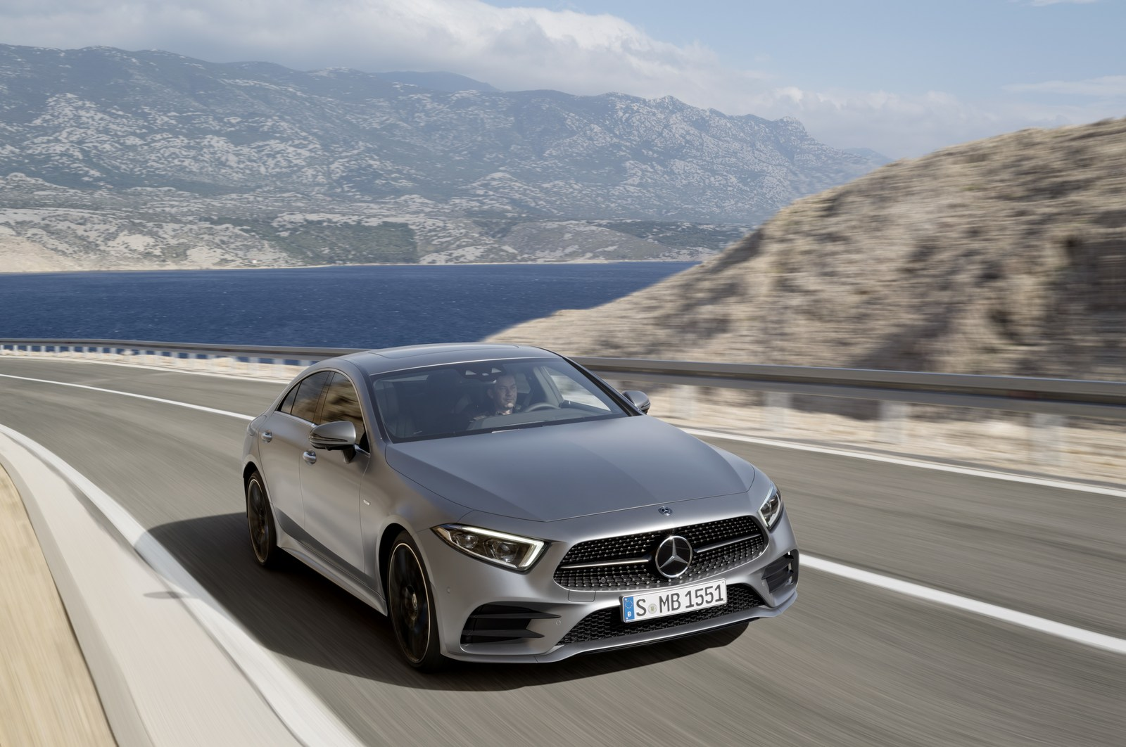 mercedes to drop the cls 63 to make room for the amg gt 4 carscoops. Black Bedroom Furniture Sets. Home Design Ideas