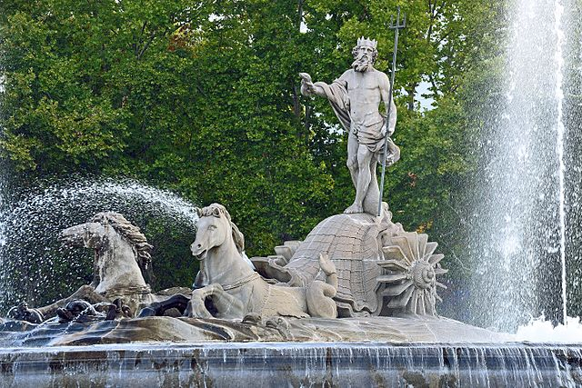 Fountain and statue on the streets of Madrid, Spain