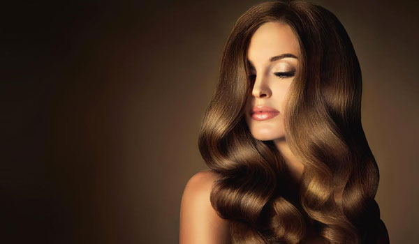 Top 10 Easy Ways to Get Silky, Smooth Hair In Hindi