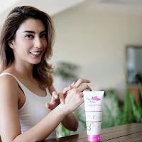 Testimoni Pemakaian Fair N Pink Whitening Body Serum 160ML Asli Murah Artis Tyas Mirasih