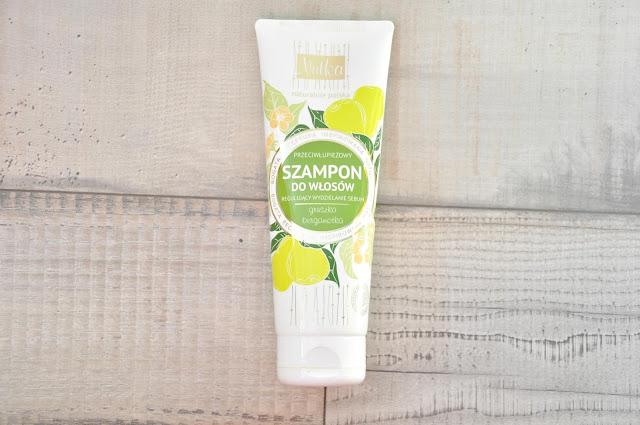przeciwłupieżowy szampon do przetłuszczających się włosów nutka
