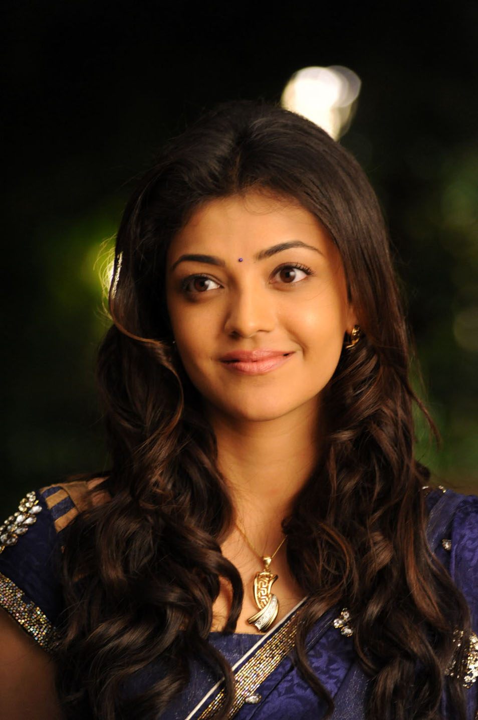 Images Of Cute Babies Wallpaper Free Download Sun Shines Kajal Agarwal Veera Movie Stills
