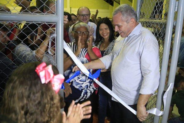 Ginásio Poliesportivo Silvestre Campinas é entregue à escola do bairro Nova República