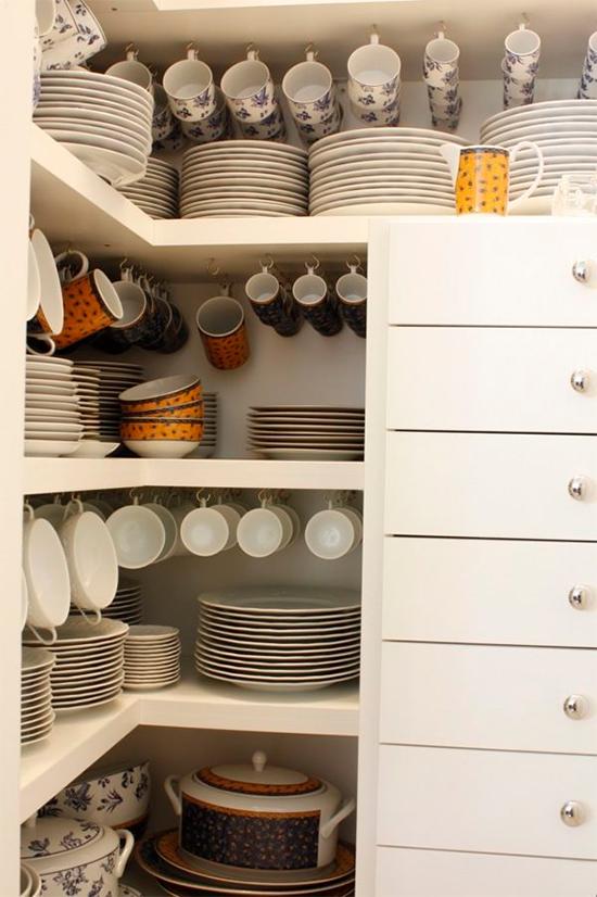 organizar xícaras, cozinha, a casa eh sua, acasaehsua