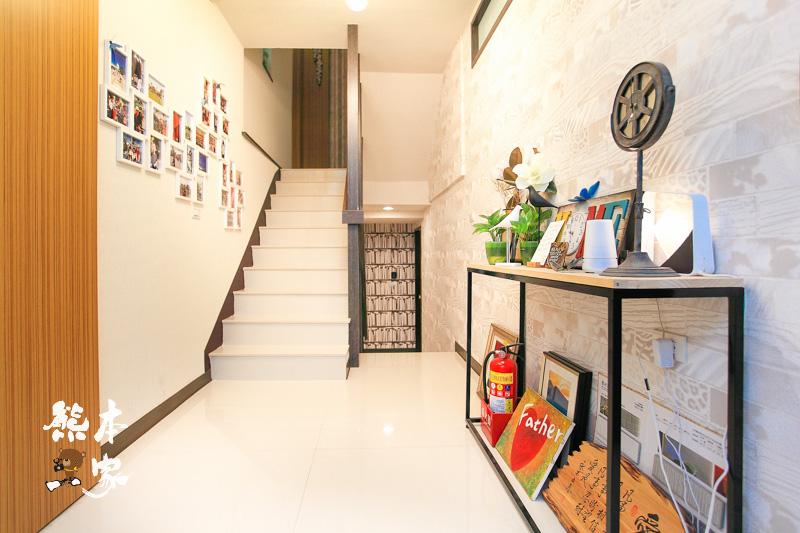 荷米輕洋樓|毛毛四人房|樓下是自己的房間咖啡廳|近赤崁樓西門圓環古蹟美食商圈