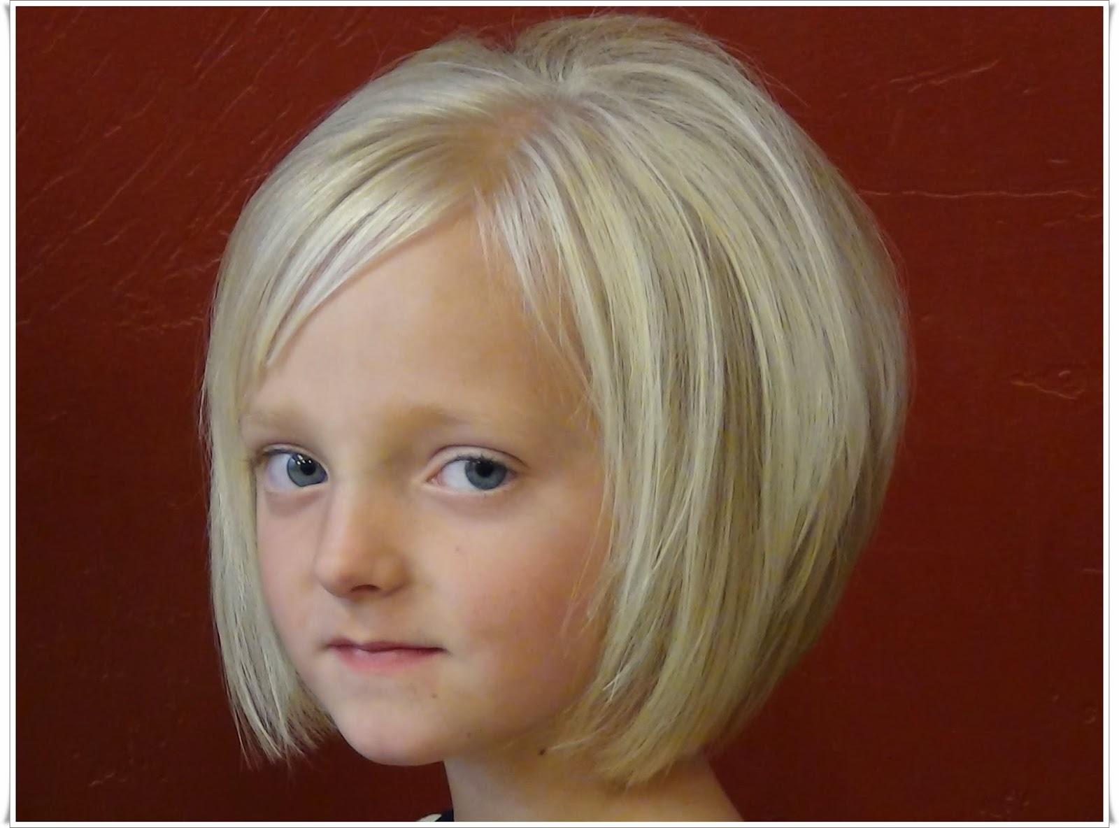 Rambut Pendek Anak Perempuan