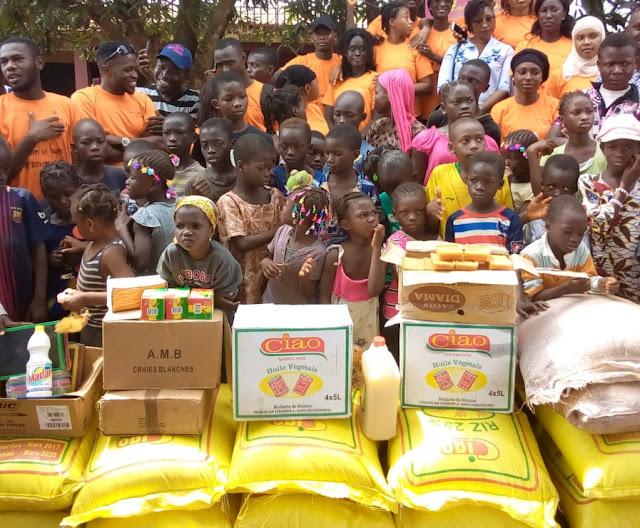 Guinée: Aides Humanitaires, le Rotaract Club de Conakry Camayenne fait des dons aux enfants déshérités  à Gombonyah dans la préfecture de Coyah