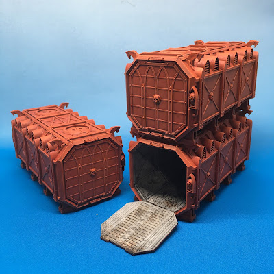 Munitorum Armored Containers Red