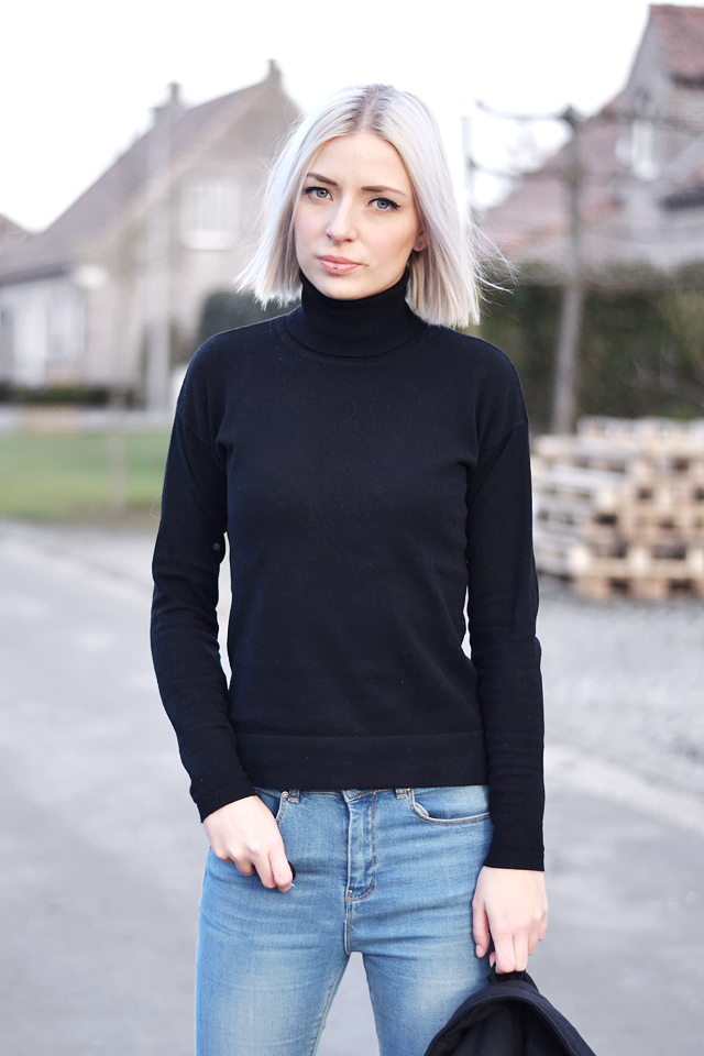 Mango, turtle neck, sweater, asos , ridley, jeans, outfit post, street style