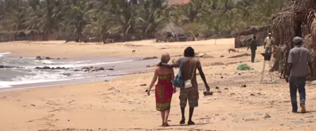Senegal : El paraiso sexual de las abuelas europeas