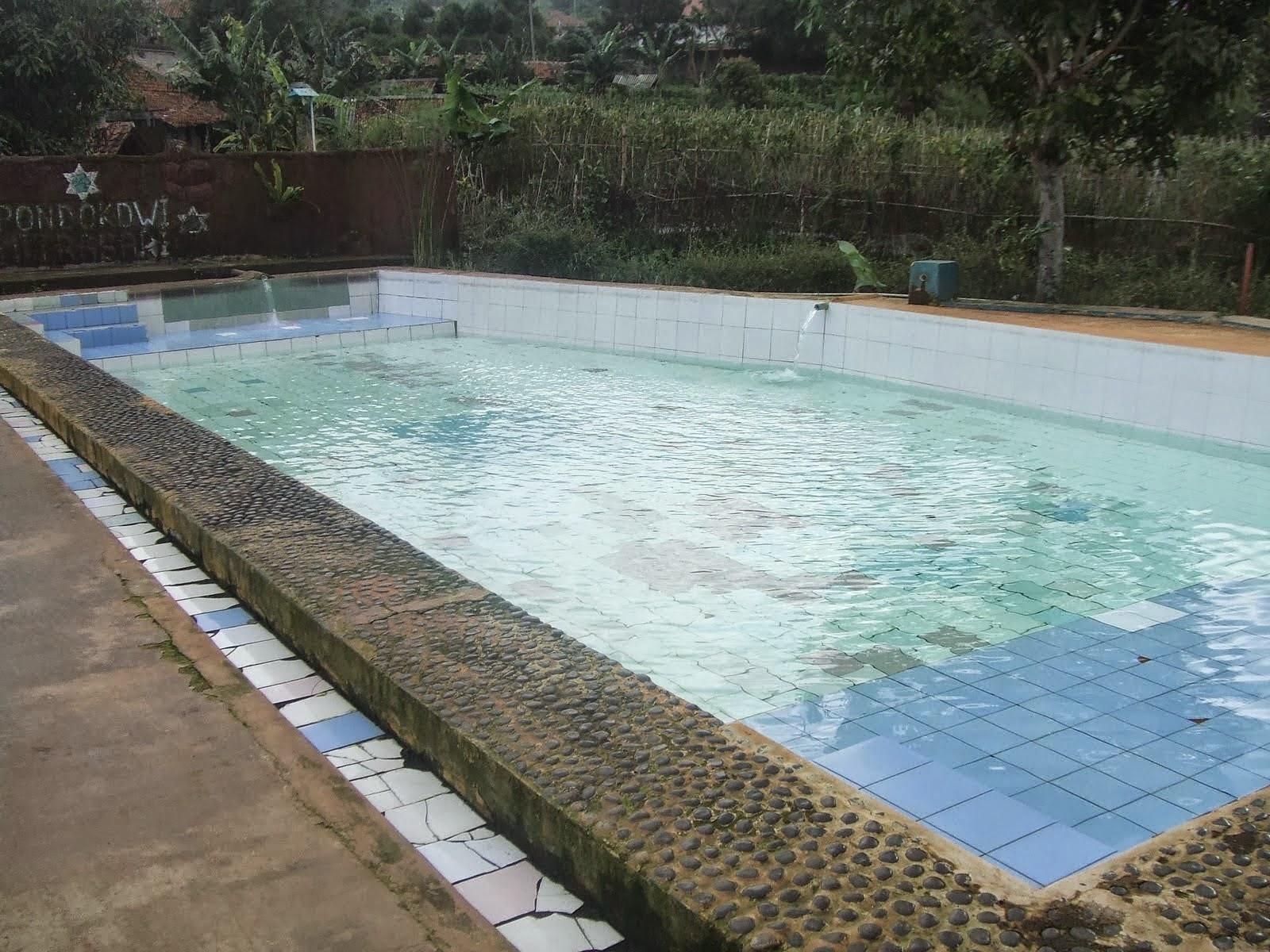 kolam renang air panas alam ci ater
