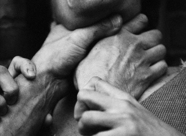 В селе Толбазы на женщину напал насильник