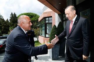 Angriff der Türkei vier Tage lang zu widerstehen
