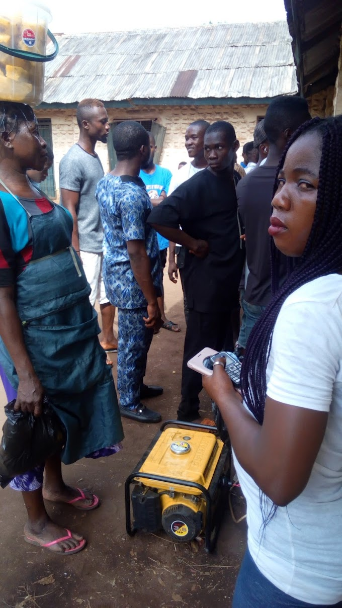 Indigenes   Laments   Killing   As  Registration Of  Voters   Card Goes On Time In  Enyiogugu .