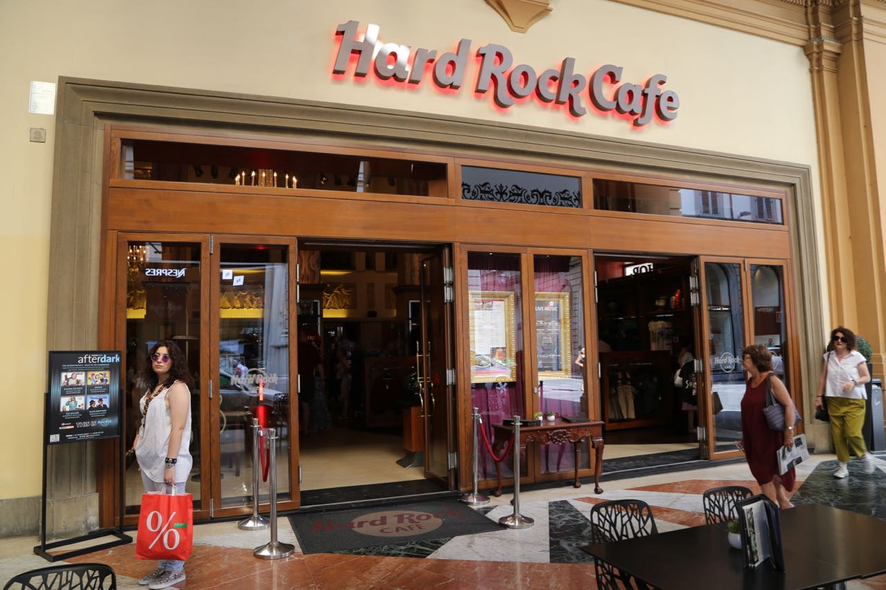 Hard Rock Cafe Pisa