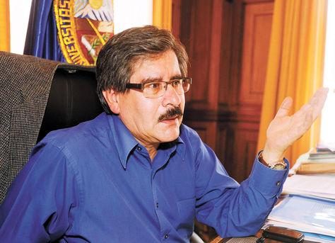 """Evo dice que la UMSA está """"dominada por la derecha"""" al mando de Waldo Albarracín"""
