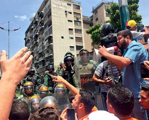¡SIGUE LA MARCHA EN VIVO! PNB impide movilización opositora en la avenida Libertador