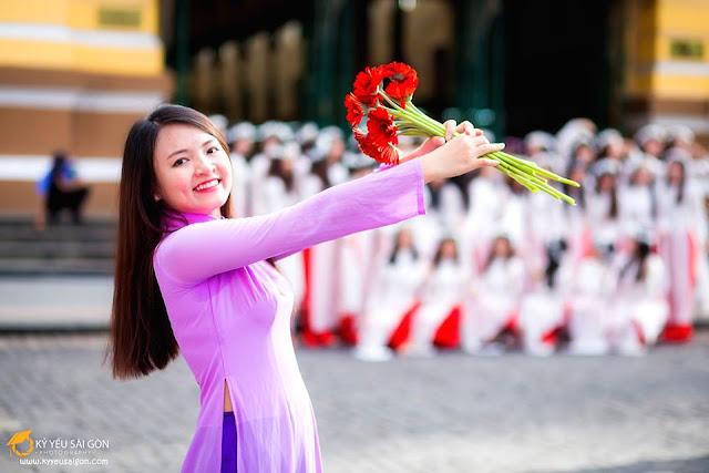 thuê áo dài chụp ảnh kỷ yếu Hà Nội
