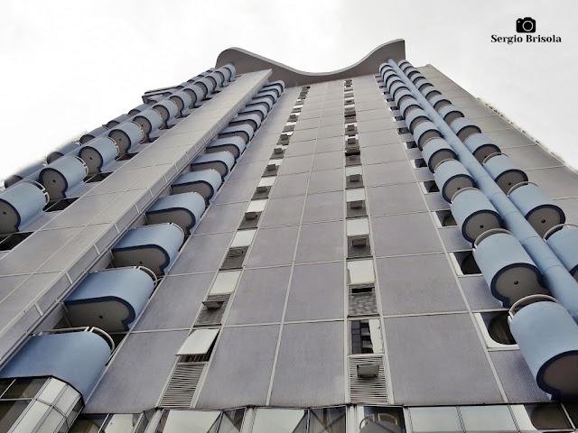 Perspectiva inferior da fachada do Riema Crillon Plaza Flat Service - Jardim Paulista - São Paulo