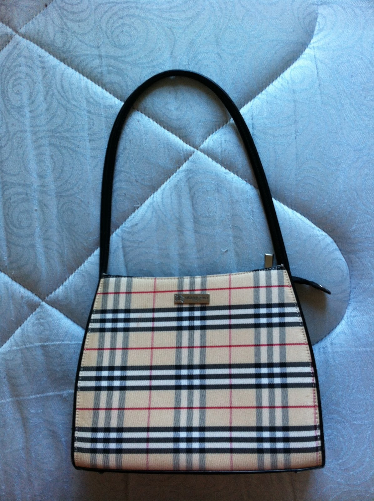 AZIM WIGAN (UK) PRE LOVED: BURBERRY LONDON HANDBAG - bag burberry london