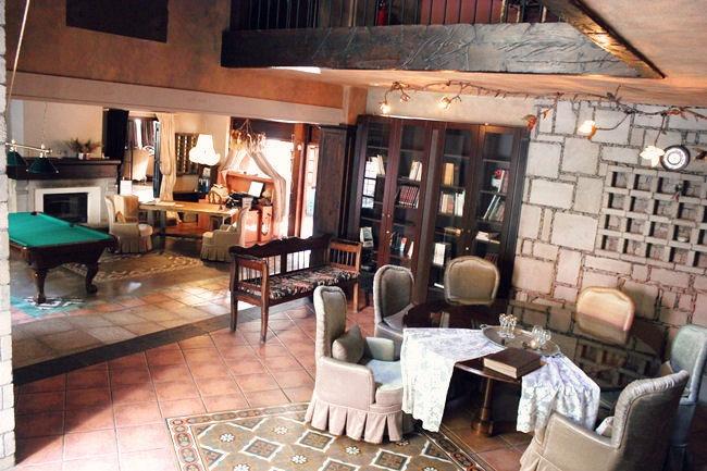 Pyrgos Mantania hotel