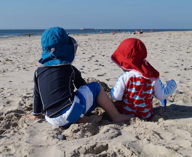 """Seid Ihr auf der Suche nach Urlaubstipps im Norden, interessiert Euch das Thema """"Urlaub mit Kind"""" oder wollt Ihr nachlesen, was wir im Urlaub mit unseren Küstenkindern so alles erlebt haben? Dann seid Ihr hier genau richtig! Besonders oft waren wir in Dänemark und berichten von dort."""