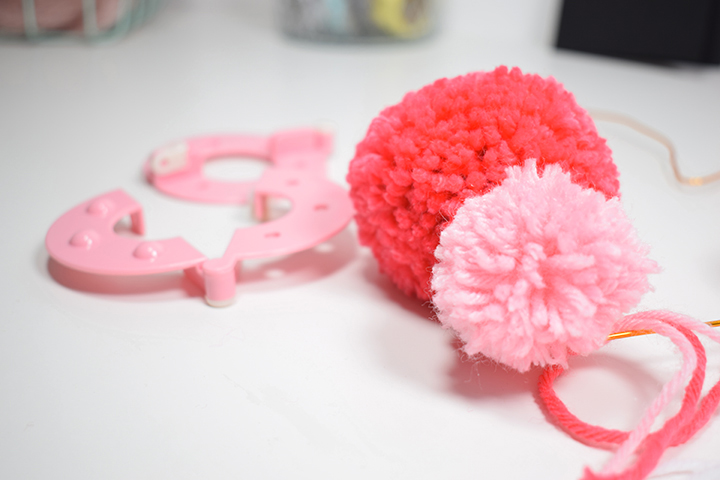 pompom maker pompons en laine diy