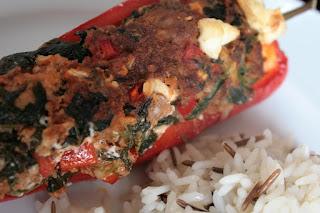Gefüllte Paprika mit Spinat und Feta
