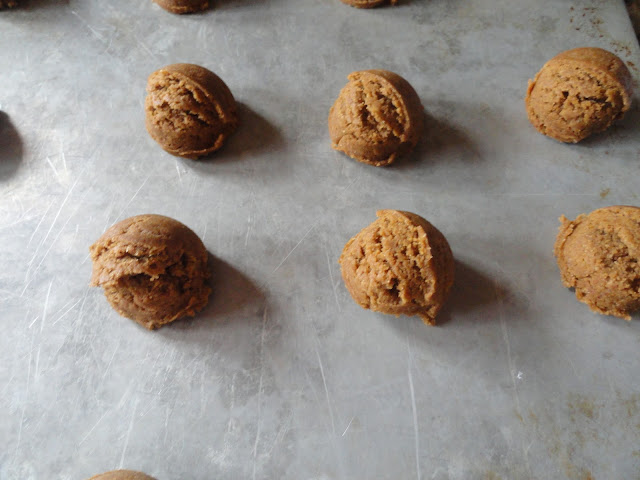 Molasses-Cookies-Ungreased-Cookie-Sheet.jpg