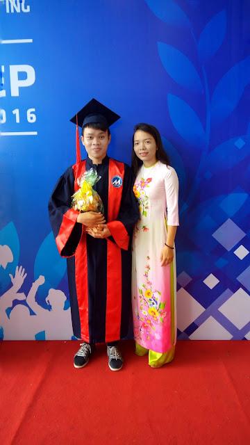 Khang và chị Tuyền