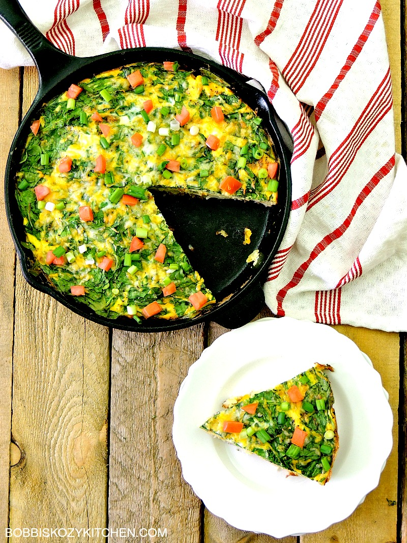 Farmer's Market Breakfast Skillet is a delicious, one pan, healthy breakfast that the whole family will love from www.bobbiskozykitchen #breakfast #vegetables #healthy #onepan