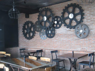 Industrial Interior Style Rustico Kitchen n Bar