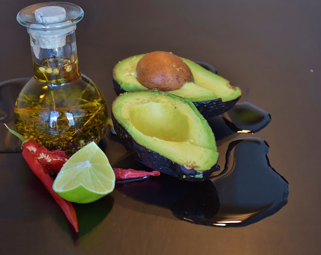Avocado For Acne, Avocado Acne, Is Avocado Good For Acne, Avocado And Acne, How To Get Rid Of Acne, How To Get Rid Of Acne Fast, Home Remedies For Acne, Acne Treatment,