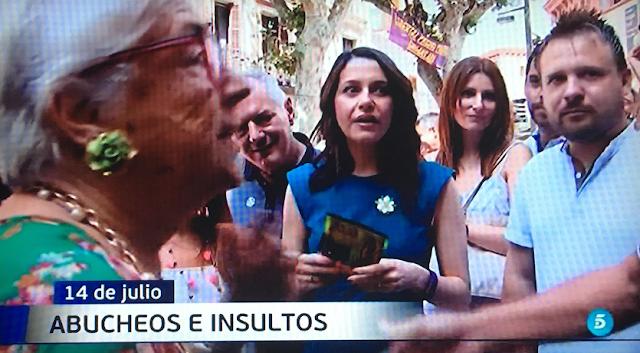 """Inés Arrimadas abucheada al grito de """"fuera"""" y """"fascista"""""""