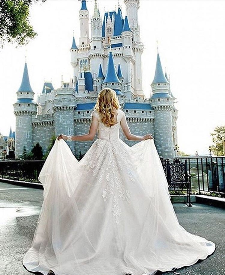 Your Perfect Chance To Become A Disney Princess For Day This Dress Is The Definition Of Look Not Only It Ball Gown Style