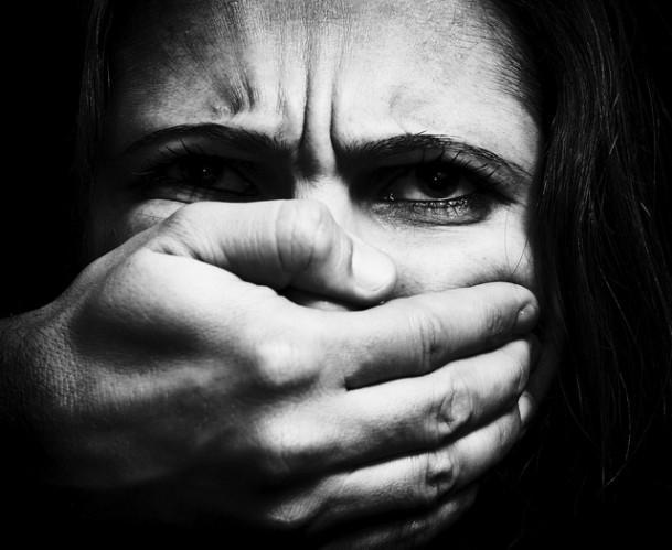 Importunação sexual, assédio de médico e a certeza que não estamos a salvo em lugar nenhum