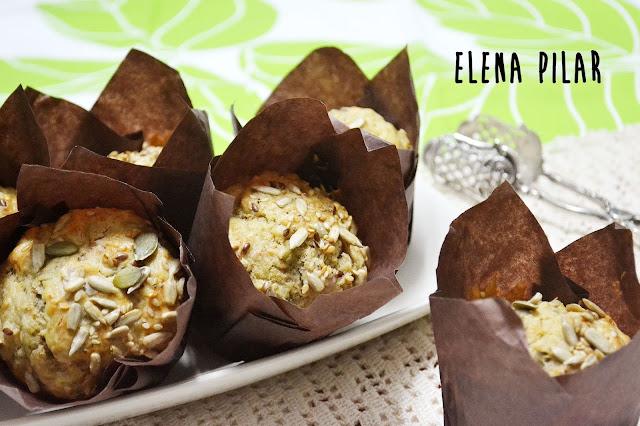 Muffins salados de atún y aceitunas verdes