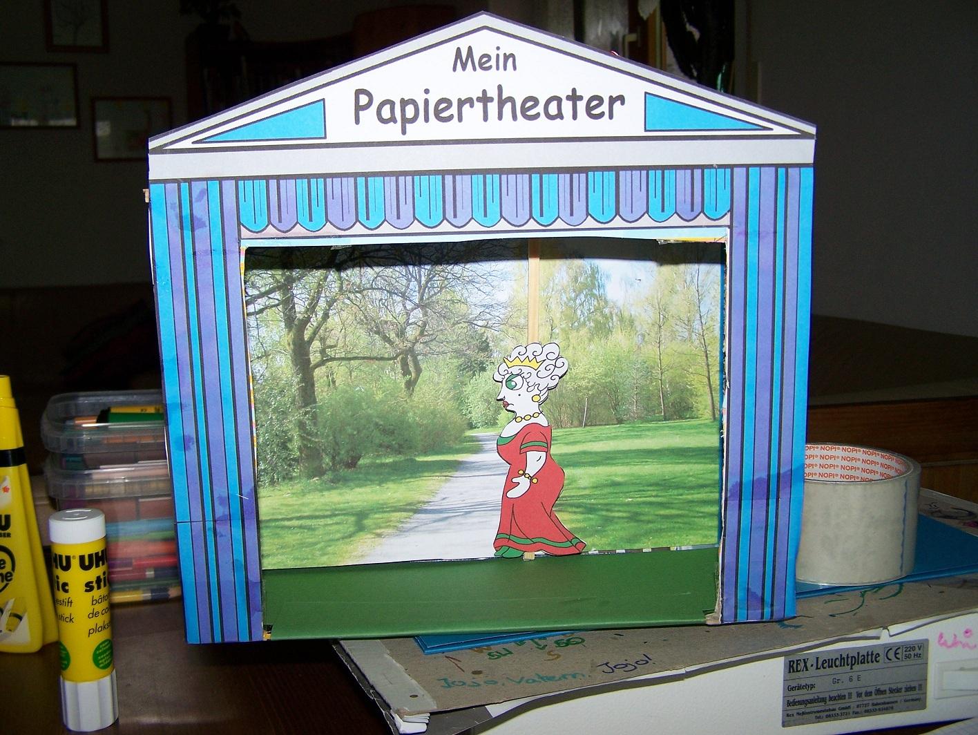 pappcartoon was f r ein theater vom schuhkarton zum show karton. Black Bedroom Furniture Sets. Home Design Ideas