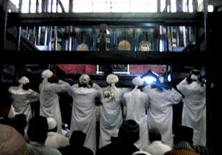 Adzan Pitu masjid agung sang cipta rasa cirebon