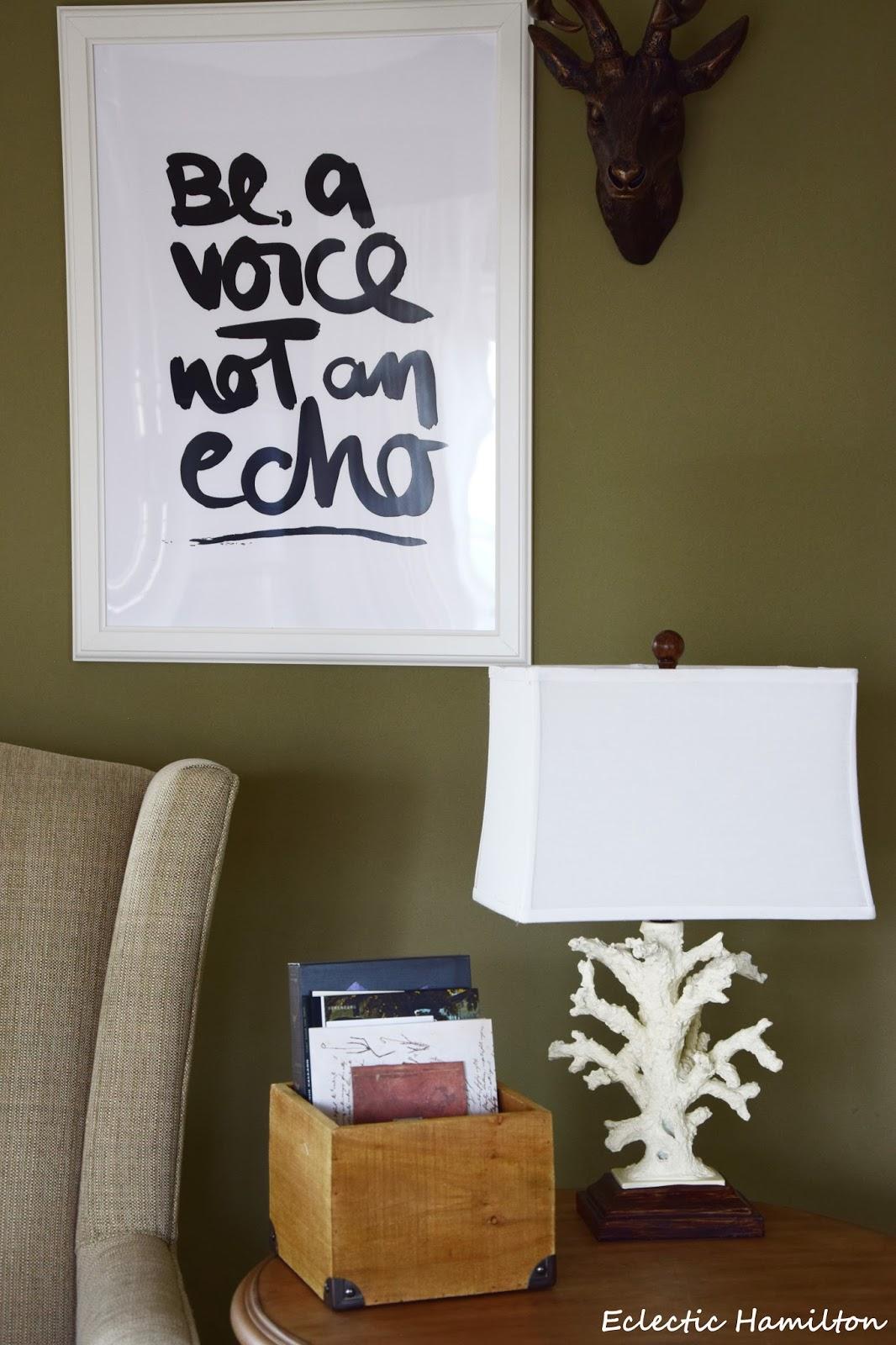 Ein lichtblick im wohnzimmer mit ananas und artischocke   eclectic ...