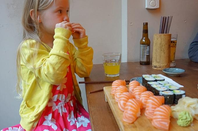 Aiko Sushi Berliinissä lasten kanssa